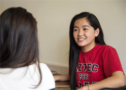 Photo of Kelly Nguyen with classmate
