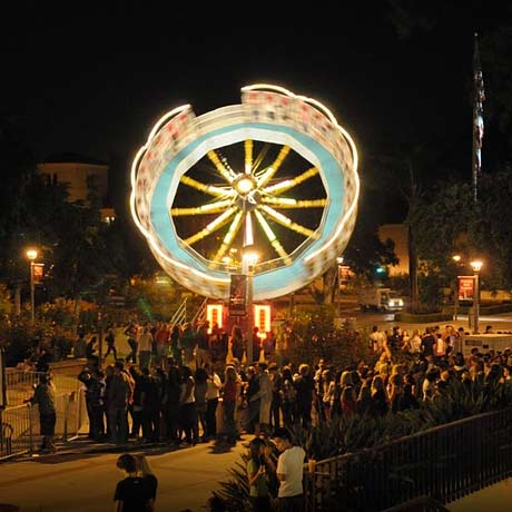 photo: students and carnival rides