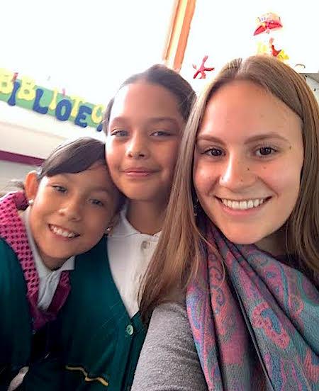 Photo: Jenna and children at Girasol