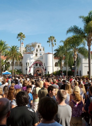 Photo: students in front of hepner hall