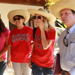 SDSU honors program students in Bolivia