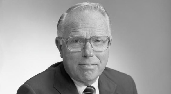 "William L. ""Bill"" Erickson"