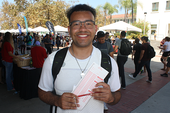Kinesiology transfer student Ken Davis joined Aztec Proud at a summer orientation session.