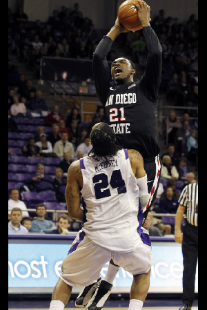 SDSU guard Jamal Franklin shoots over TCU forward Adrick McKinney. AP Photo/sharon Ellman