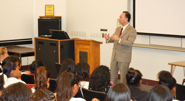 Students were given the chance to ask President Hirshman questions about SDSU.