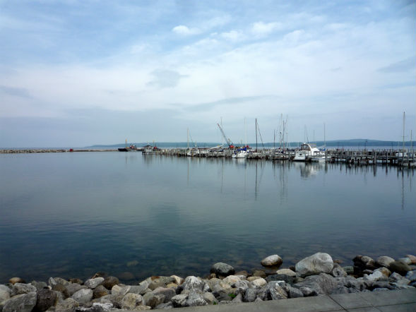 Michigan's Petoskey Marina is part of the Great Lakes watershed. SDSU philosopher Michael Tiboris will help research the region's water rights issues. Photo: Bobak Ha'Eri / Wikimedia Commons