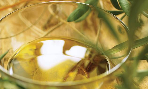 Blended Israeli-Palestinian olive oil is one formula for