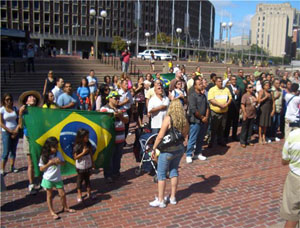 The Consulate General of Brazil hosted a flag-raising ceremony during the 13th Brazilian Independence Festival in Boston.