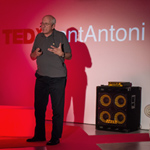 Tom Novotny speaks about his research at TEDx in Spain.