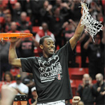 Xavier Thames with the net at the end of the New Mexico game