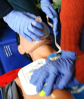 CPR training can help save a victim of cardiac arrest. (Credit: Wikimedia Commons/Rama)