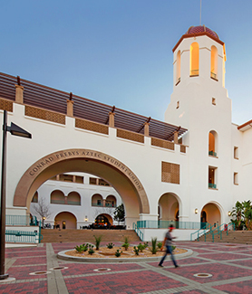 SDSU was named one of the top 20 national universities for students graduating with the least amount of debt. (Photo: Pablo Mason Photography)