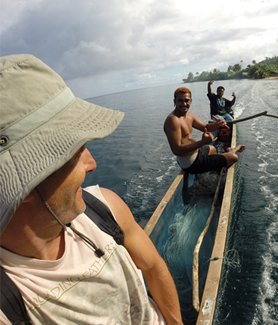 SDSU anthropologist Matthew Lauer with local fishermen (Credit: Matthew Lauer)