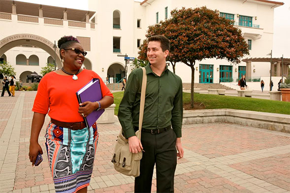 Students Theodore Bruni and Kiedra Taylor are members of the Transfer Student Outreach Alliance on campus.
