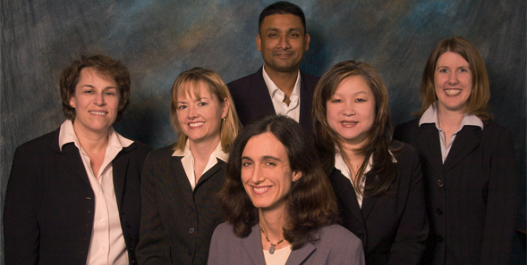 IIDO Members. Front: Amy Randel; Middle from left: Lynn Shore, Michelle Dean, Beth Chung, Karen Ehrhart; Back: College of Business associate dean Gangaram Singh
