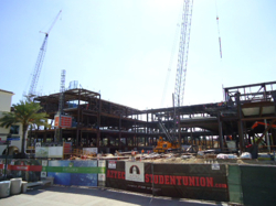 Photo: Student Union construction with cranes