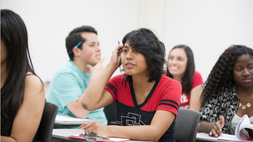 Photo: SDSU students in classroom