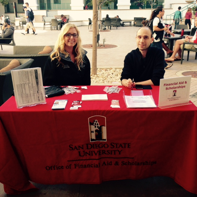 financial aid table at Aztec Student Union