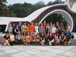 Photo: group of study abroad students posing in front of building