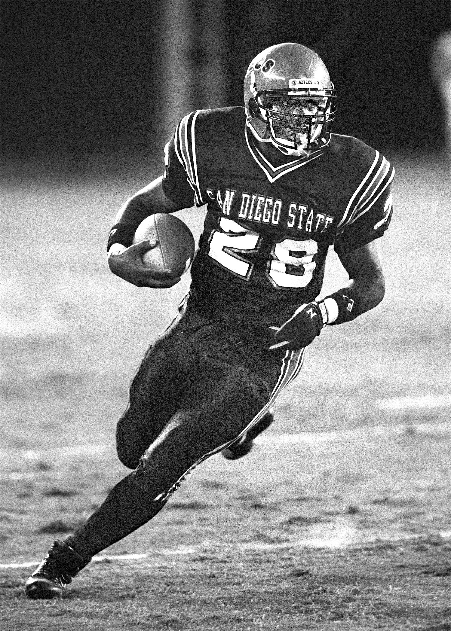 Marshall Faulk set records at SDSU before his NFL Hall of Fame career.